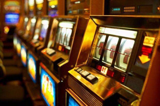 Играть онлайн казино игровые автоматы 777