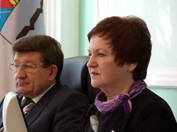 Горст назвала «болезненным» уход омского мэра