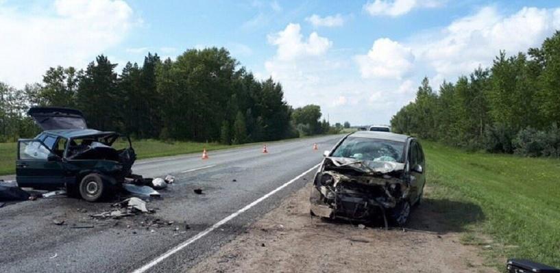 На трассе Омск — Черлак в страшном ДТП погибли два человека