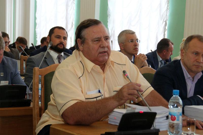 Двораковского назвали мужиком и предложили дать ему грамоту