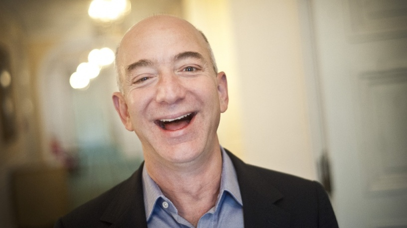 Основатель Amazon обошел Билла Гейтса и стал богатейшим человеком в мире