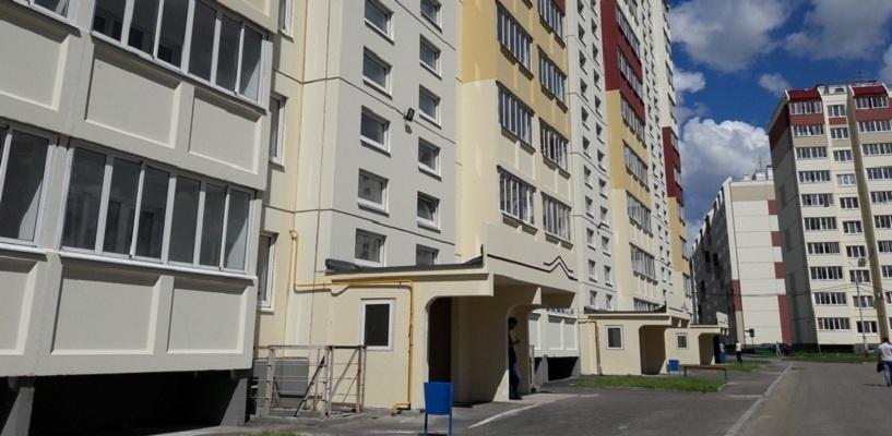 В июле ключи от квартиры получат 50 омских сирот