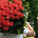В Омской области подросток ограбил цветочный магазин, чтобы подарить девушке розы