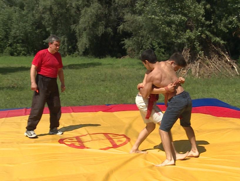 В Омске с размахом отпраздновали «Сабантуй» - ФОТО