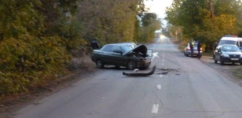 В Омской области попал в ДТП пьяный студент, катавшийся с подружкой 9-классницей