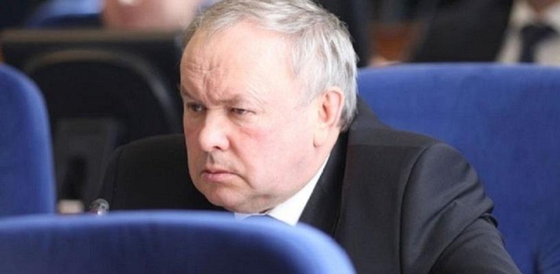 Шишов не сможет помочь с работой экс-мэру Омска Двораковскому