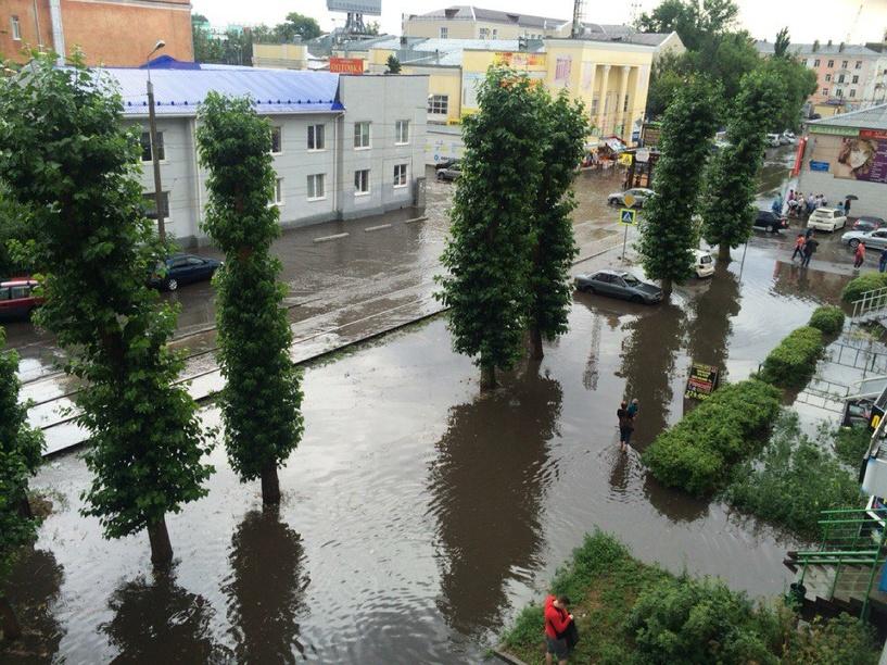 В Омске прошел град и ливень - ФОТО, ВИДЕО