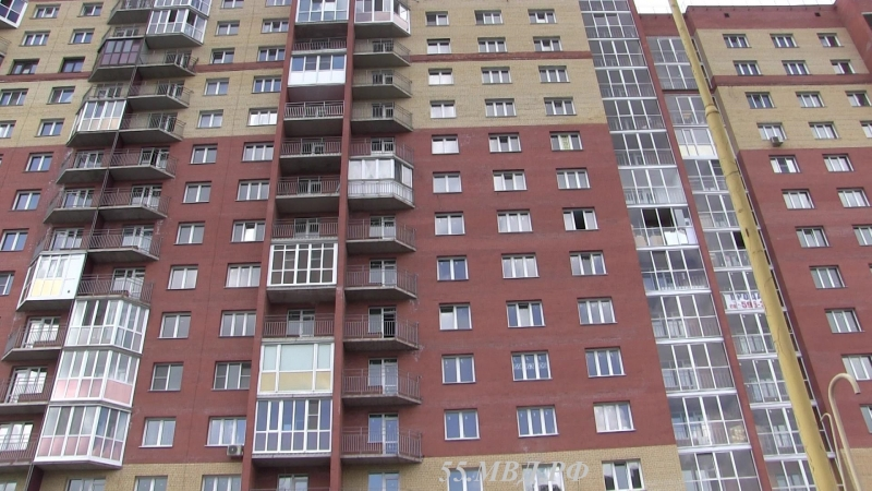 Из-за жадности омича в 14-этажке едва не упал лифт