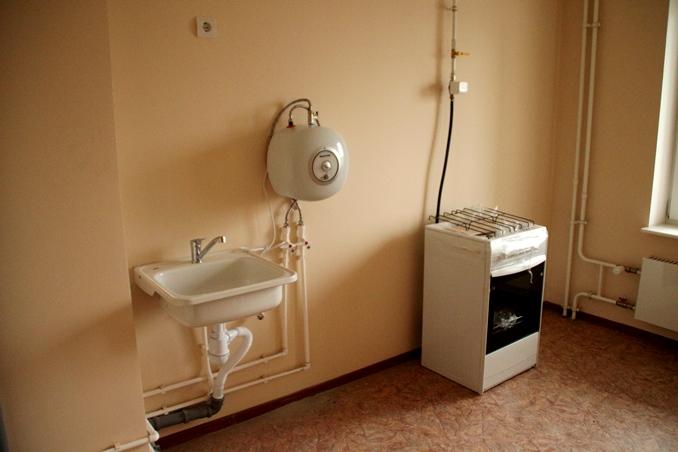 Еще 30 омских семей из аварийных домов переехали в новое жилье