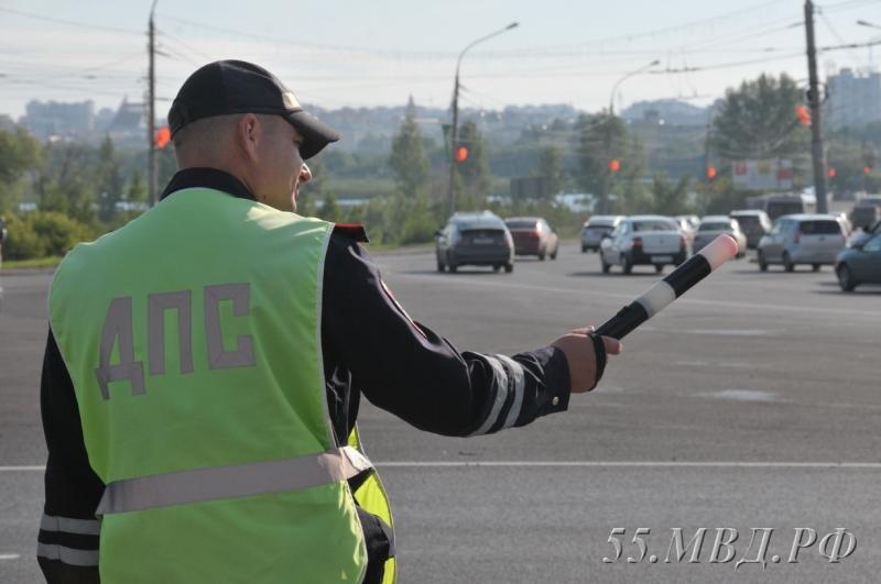 В Омске за одно утро проверили 400 автобусов и маршруток