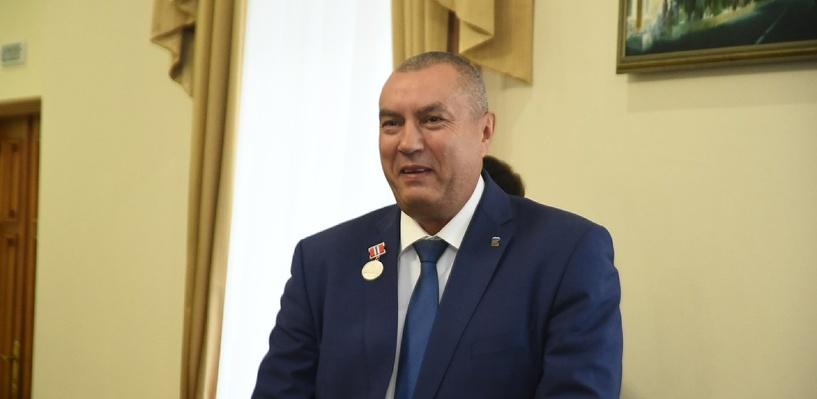 И.о. мэра Омска Сергей Фролов определится с будущей карьерой осенью