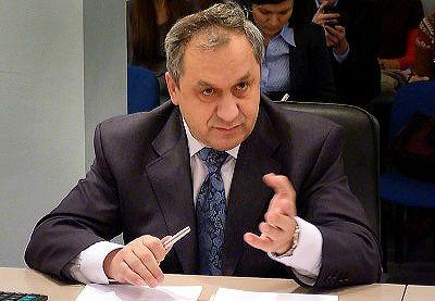Геворгян предложил убрать с омских дорог 500 автобусов