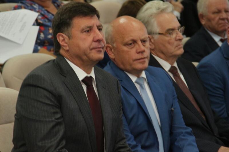 Голушко пообещал снимать «нехороших» единороссов с выборов