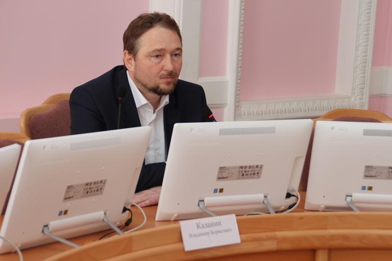 Ведущий «12 канала» возглавил список «Коммунистов России» на выборы в горсовет