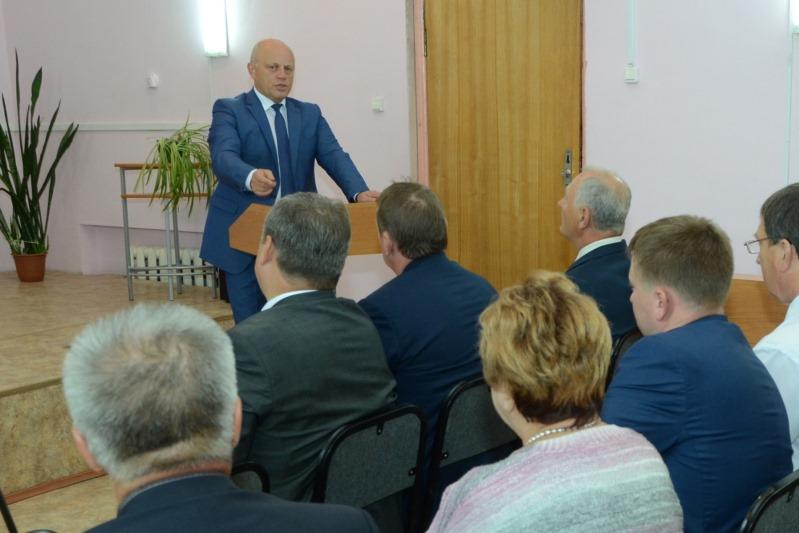 Назаров пообещал за два года отремонтировать трассу до Седельниково