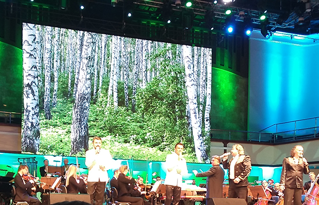 Белорусские исполнители спели в Концертном зале «Омские улицы»