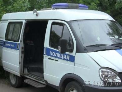 Доставленная в полицию омичка погибла, выпрыгнув из окна
