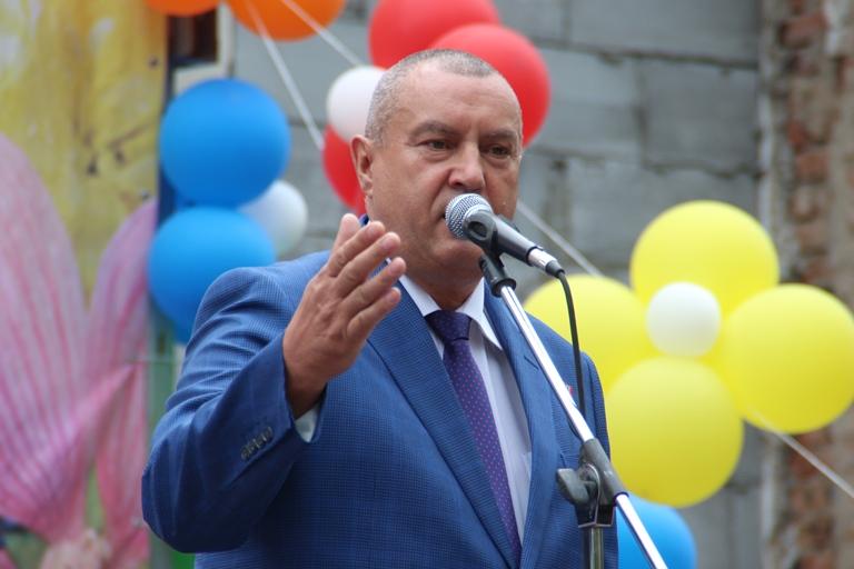 В Омске на месте сбора алкоголиков открыли сквер