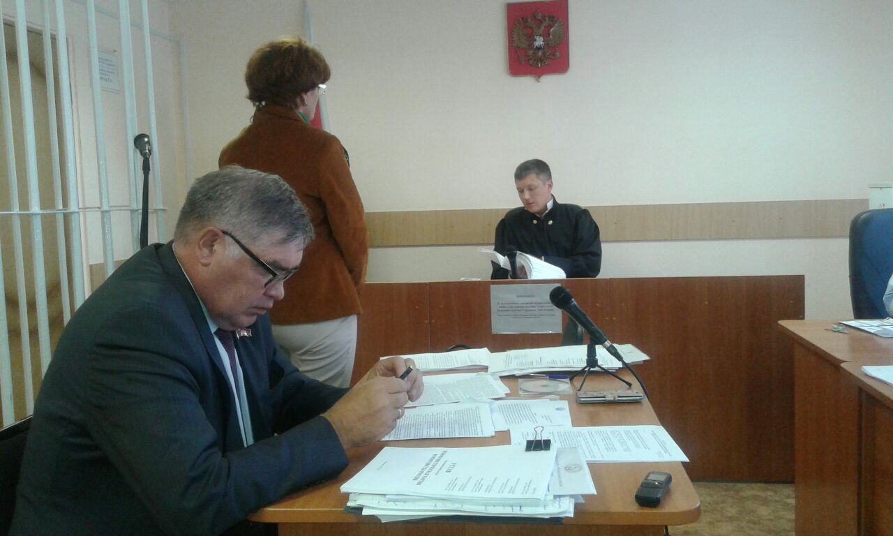 Подписи за «Коммунистов России» будет изучать криминалист УМВД