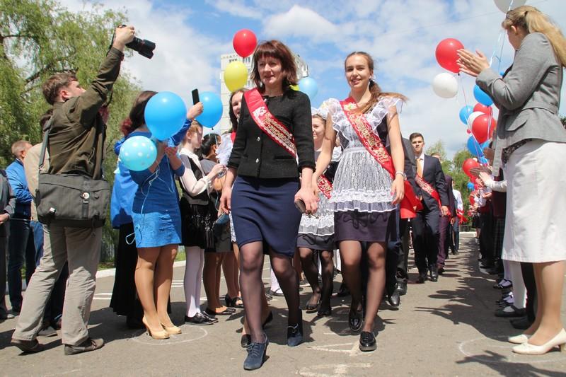 Минобр назвал лучшие омские школы