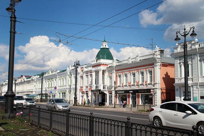 В Омске на четыре дня закрывают Любинский проспект