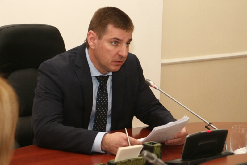 Мартыненко обещает не повышать стоимость проезда до конца года