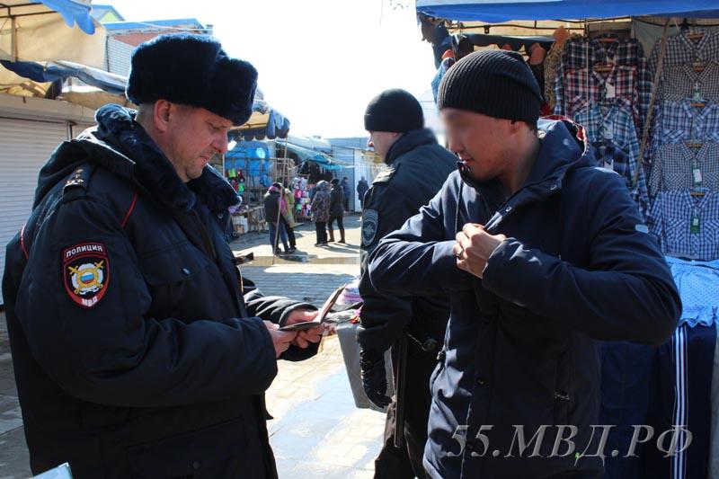 На заработки в Омскую область приехали 15 тысяч мигрантов