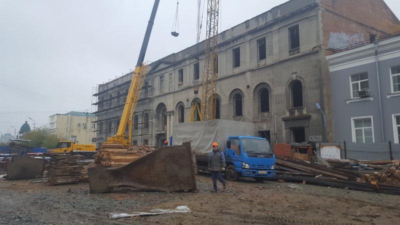 На реконструкцию здания «Саламандры» направят еще 300 млн рублей