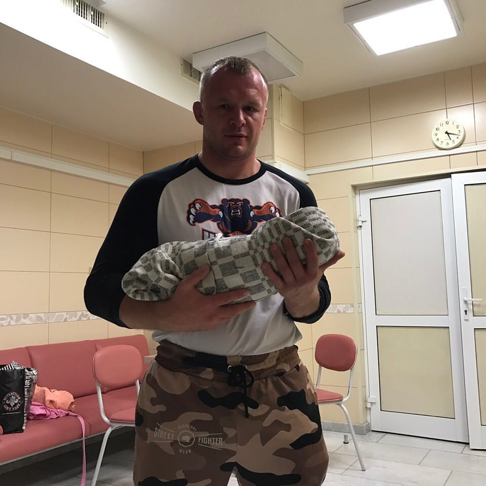 Александр Шлеменко в третий раз стал отцом