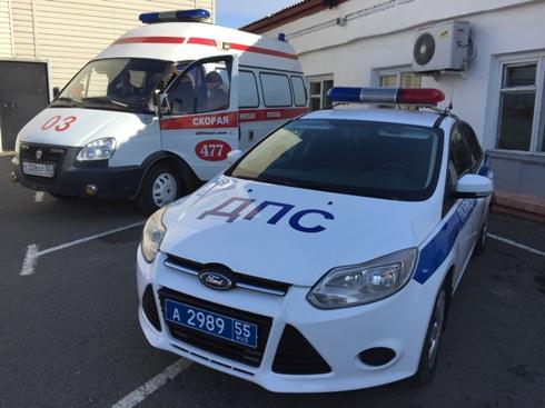Омские полицейские ищут водителя, который сбил мужчину и уехал