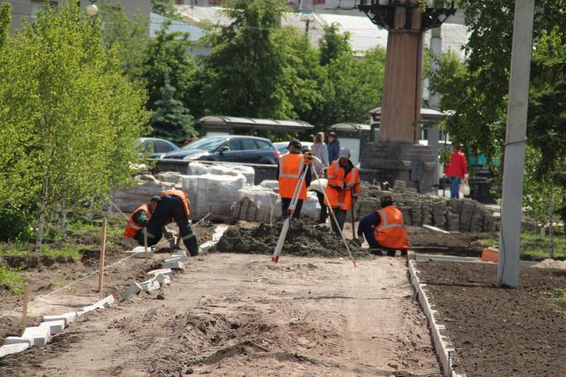 В Омске отремонтировали 15 тысяч «квадратов» тротуаров