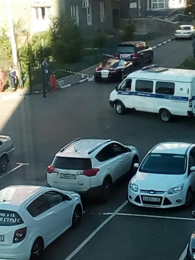 Силовики задержали омича, убившего женщину рядом с «Фестивалем»