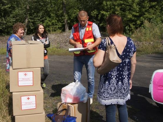 Красный Крест снова привез омичам гуманитарную помощь