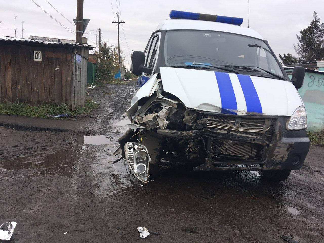 В Омске на Воровского полицейская ГАЗель попала в ДТП