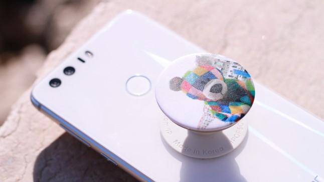 Уникальное приспособление для телефона