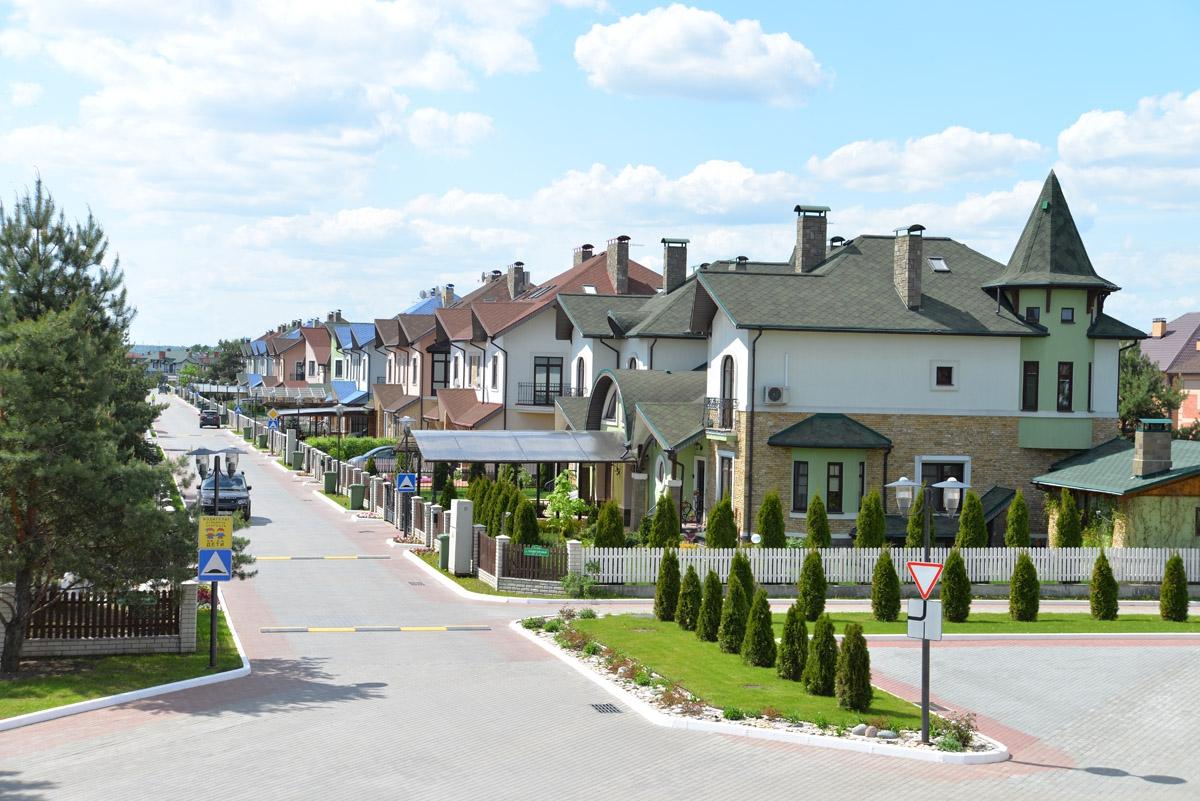 Приобретение загородного дома в коттеджном поселке